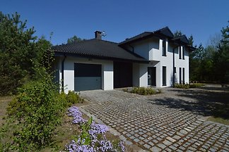 Ursprüngliche Villa in Borne Sulinowo am See