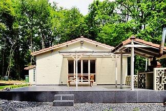 Gemütliches Ferienhaus in Beauraing mit Sauna