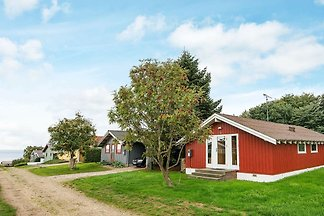 Idyllisches Ferienhaus in Jütland mit Grill
