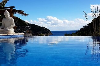 Schöne Villa in Cala de Sant Vicent (Ibiza)