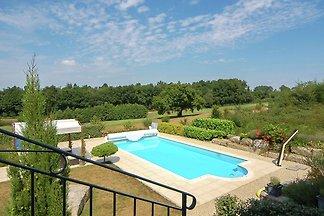 Luxuriöse Villa in Rouzède mit privatem...