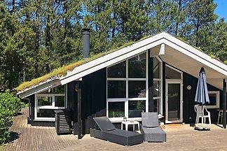 Geräumiges Ferienhaus in Jütland in Meernähe