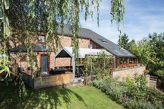 Moderne Villa in Durbuy mit Terrasse