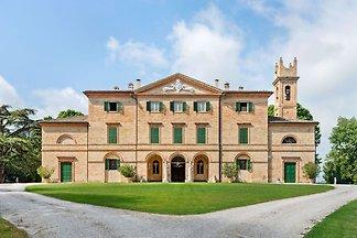 Verschwenderische Villa in Filottrano mit...