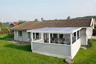 Peaceful Holiday Home in Juelsminde with...
