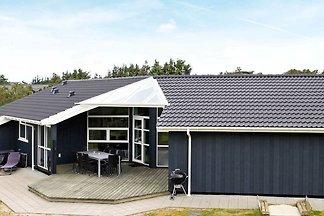 Modernes Ferienhaus in Henne mit Whirlpool