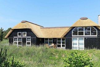 Stilvolles Ferienhaus in Blåvand mit Sauna