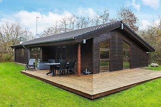 Luxuriöses Ferienhaus in Fjerrtslev mit Sauna