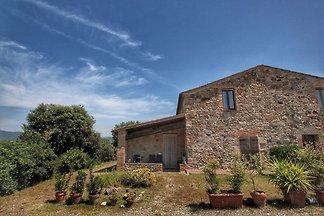 Elegantes Cottage in der Toskana mit Seeblick