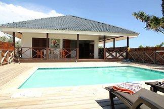 Accogliente villa con piscina a Jan Thiel