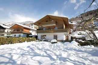Moderne Ferienwohnung nahe Skigebiet in Matre...