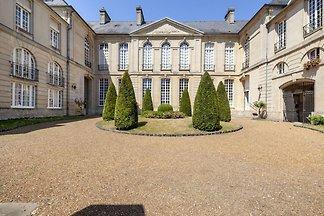 Appartement du patrimoine à Bayeux près du Mu...
