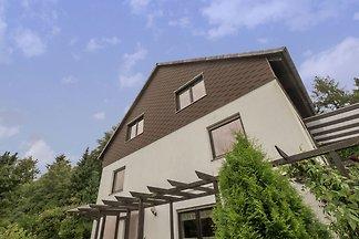 Geräumiges Apartment mit eigenem Garten in Ba...