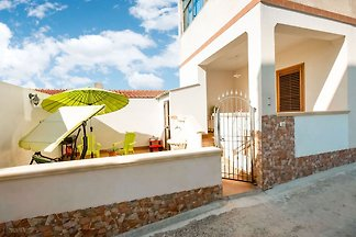 Alluring Holiday Home in Triscina Di Selinunt...