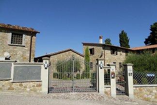Attraktive Ferienwohnung in Montecarelli mit...