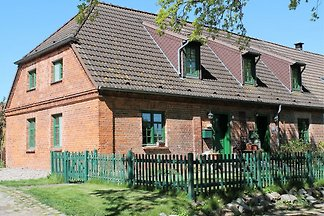 Spacious Holiday Home in Landstorf Zierow wit...