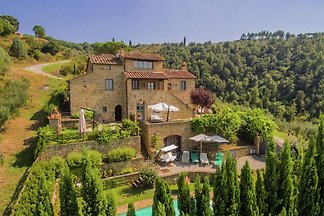 Villa lussuosa con piscina a Cortona