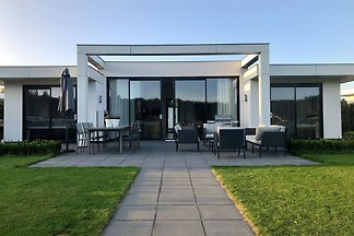 Großzügiges Ferienhaus im Harderwold Resort N...