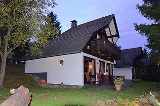 Geräumiges Ferienhaus mit Balkon im Feriendor...