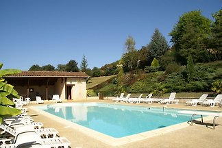 Magnificent country house with authentic atmo...