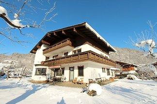 Sunlit Apartment in der Nähe von Skigebiet in...