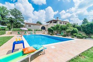 Villa für bis zu 8 Personen, mit Garten und...