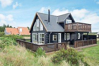 Traditionelles Ferienhaus mit Terrasse in...