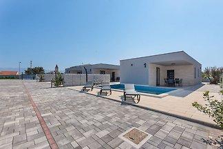Dom wakacyjny Premium w Vir z sauną