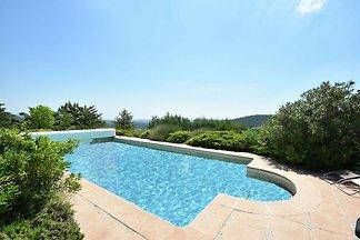 Schöne Villa in Berlou, Südfrankreich mit...