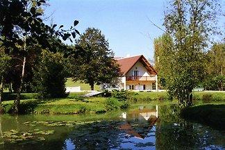 Gemütliches Ferienhaus in Faverolles mit Pool...