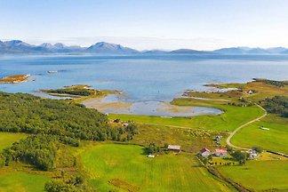 8 Personen Ferienhaus in Sandsøy