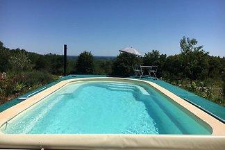 Luxuriöse Villa in Cazals mit Swimmingpool
