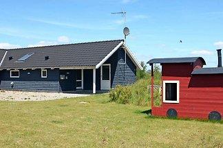 Idyllisches Ferienhaus in Rødby mit Sauna
