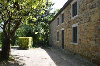 Gemütliches Ferienhaus in La Rouge Minière mi...