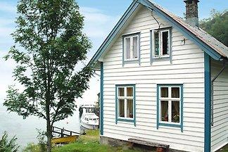 5 Personen Ferienhaus in Svelgen