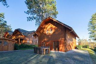 Holzferienhaus mit Mikrowelle nahe der...