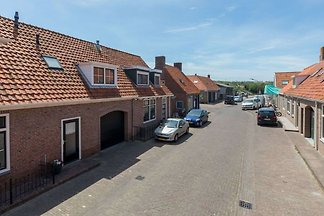 Charming cottage in Westkapelle with perfect...