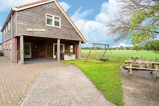 Modernes Ferienhaus mit Garten in Boijl in...
