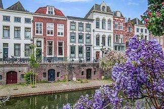 Zierliche Wohnung in Utrecht mit Whirlpool un...