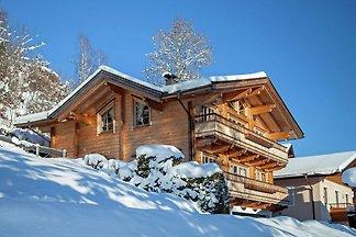 Luxuriöse Ferienwohnung in Brixen im Thale in...