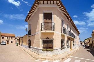 Herrenhaus in Pozo-Lorente mit privater Terra...