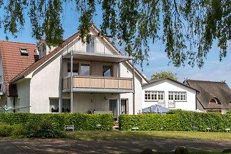 Luxuriöse Ferienwohnung in Wohlenberg mit Gar...