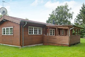 Rustikales Ferienhaus in Farvang mit Terrasse