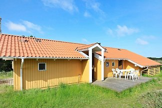 Ruhiges Ferienhaus in Oksbøl in Strandnähe