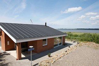 Wunderschönes Ferienhaus in Thyholm mit überd...