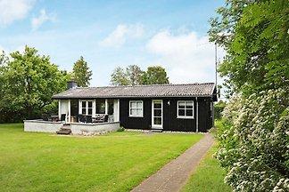 Zeitgenössisches Ferienhaus in Dronningmolle ...