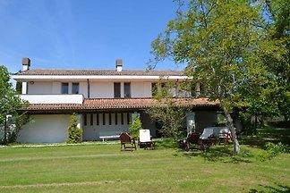 Prachtvolles Ferienhaus in Sant'ermete mit...