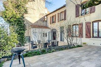 Gemütliche Wohnung in Roanne mit Terrasse