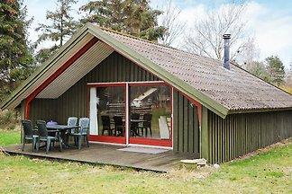 Vintage-Ferienhaus in Martofte mit Terrasse