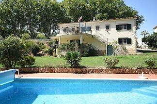 Schöne Villa in Óbidos, Lissabon mit großem...